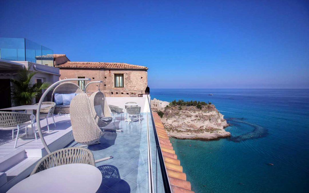 Ristrutturazione hotel a Tropea
